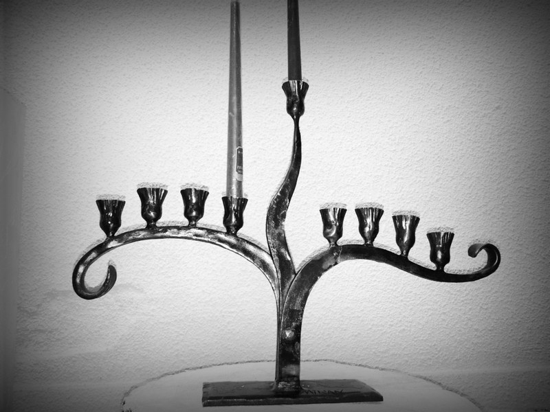 candle-holder-hanukah-02